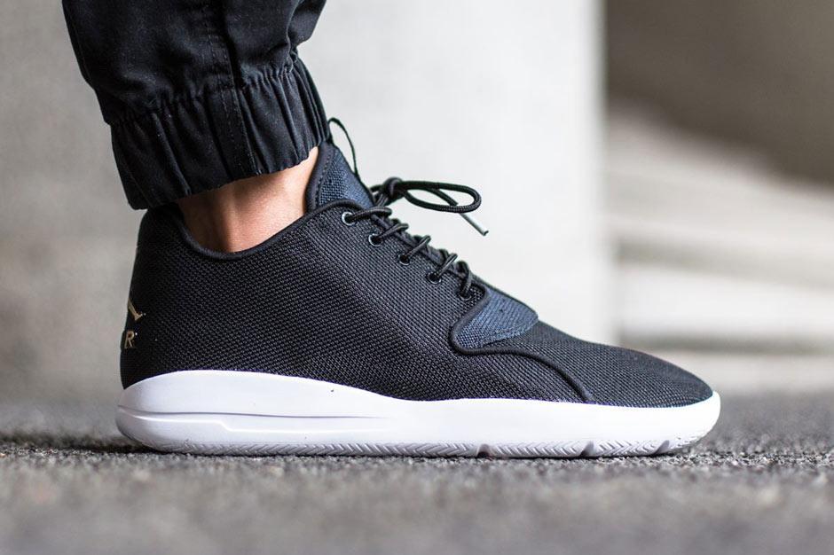 Мужские кроссовки Nike Air Jordan Eclipse Black White (Реплика) - Myjstore  - твой интернет a17d3bc1837