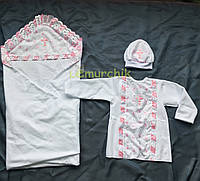 Набор для крещения белый, розовые рюши (крыжма+рубашка на завязочках+чепчик с крестиком) байковый