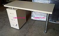 Стационарный маникюрный стол с ящиками. Модель V161 белый