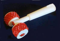 Валик игольчатый магнито массажный.