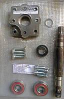 Комплект крепления насоса-дозатора к ГУРу трактора МТЗ-80/82