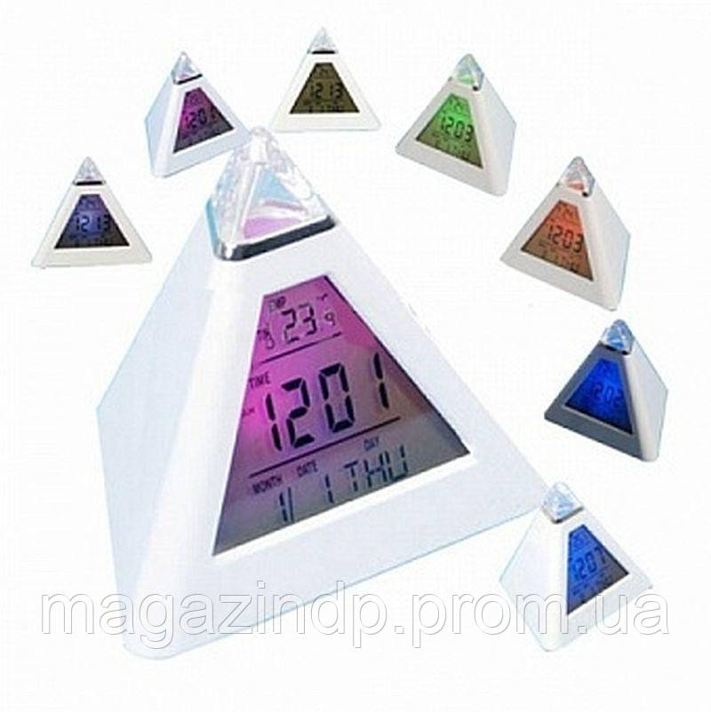 Часы будильник хамелеон в виде пирамиды Код:532703632