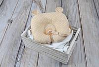 Детская подушка для новорожденных с держателем, горошек на бежевом, фото 1