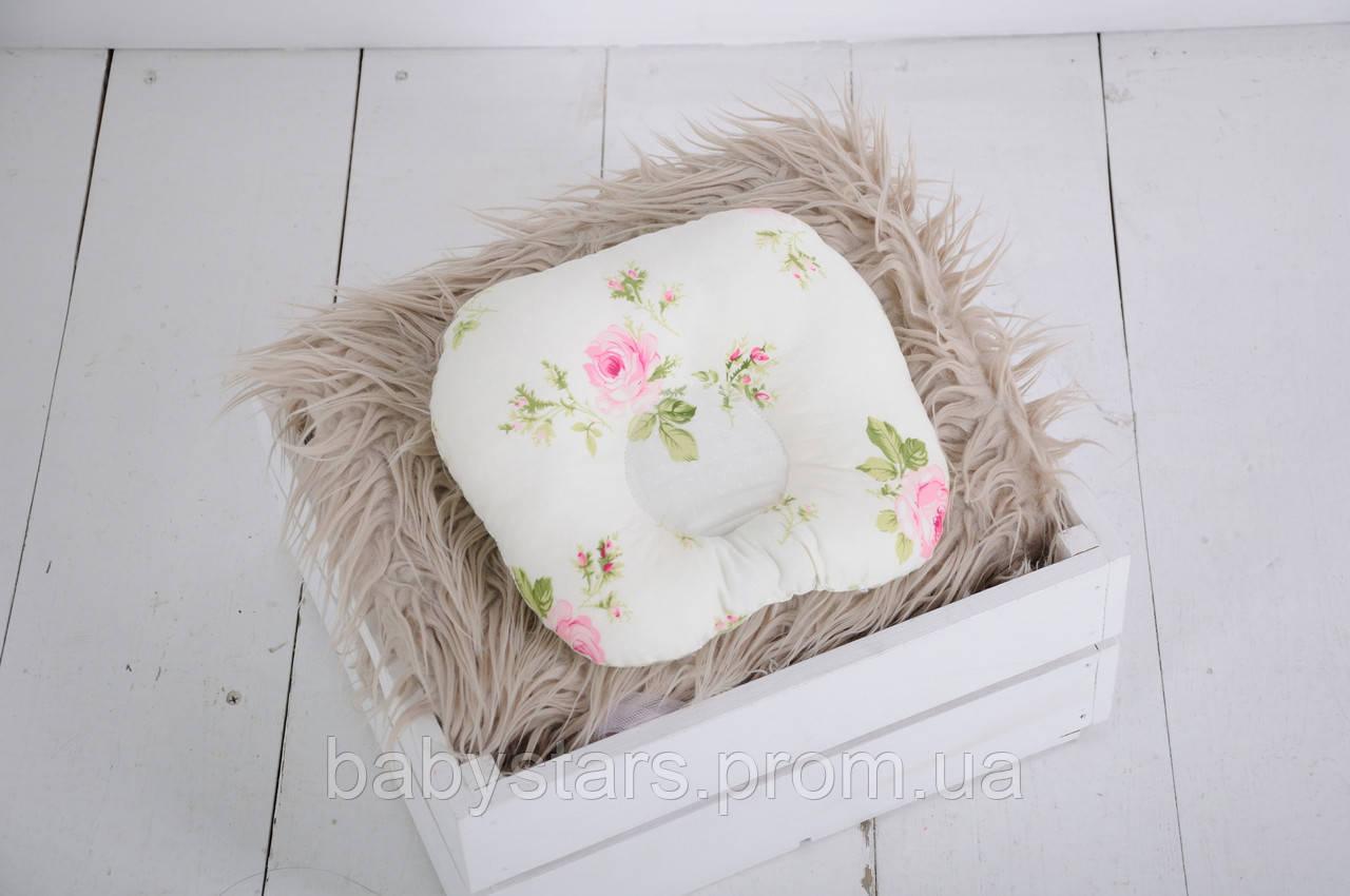 """Подушка для новорожденных """"Розы"""""""