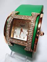 Часы наручные женские HERMES копия Paris изумрудные со стразами