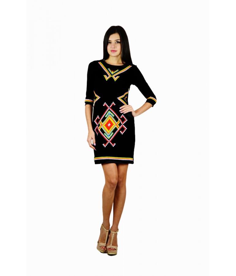 Чорне вишите плаття Веселка - Цікавий магазинчик в Яготине 5e01c975d1e15