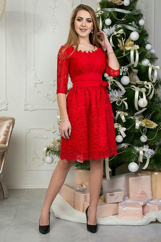 5a308a25390 Вы смело можете выбирать гипюровое платье красное