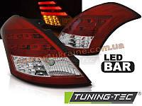 Задние фонари на Suzuki Swift 2010 красно-белые