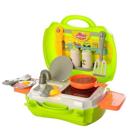 Игровой набор кухня в чемоданчике – отличный подарок для деток возрастом от трех лет
