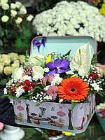 Цветы в оригинальной коробке