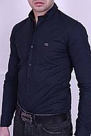 Модная мужская рубашка синего цвета