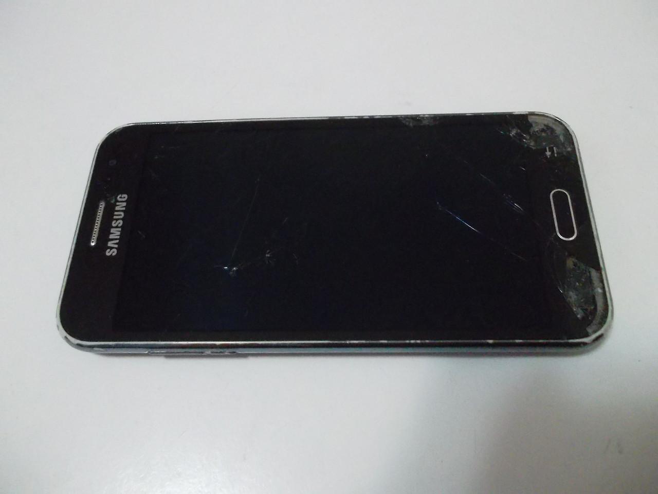 Мобильный телефон Samsung J200 №3956