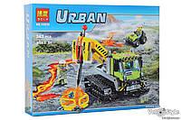 Конструктор Bela 10639 (Lego City 60122) Гусеничная машина исследователей вулканов 342 детали