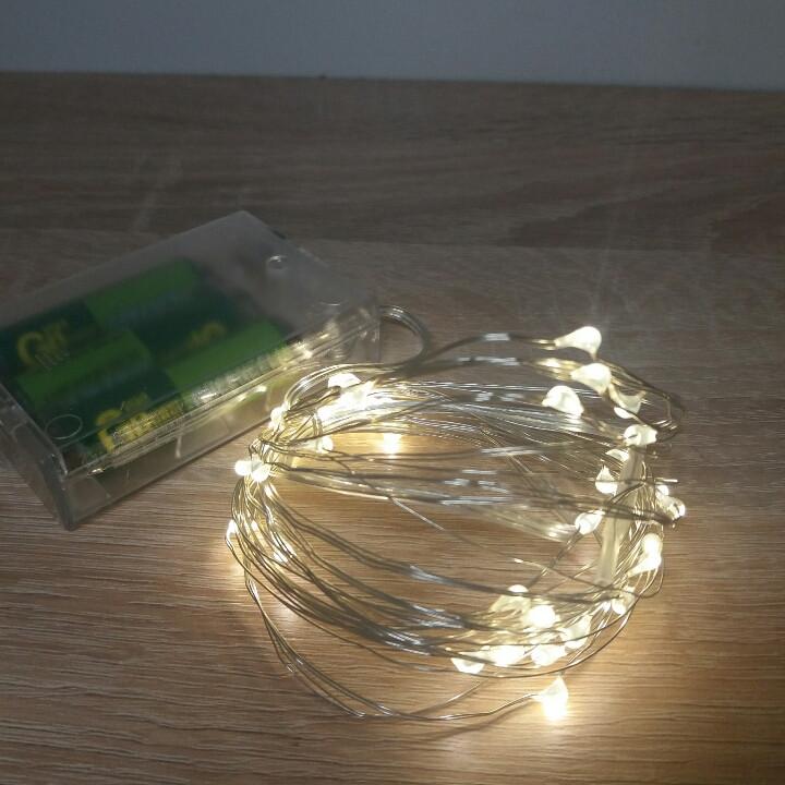 Гирлянда светодиодная на батарейках. Свет теплый белый 5 метров