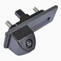 Камера в ручку багажника Prime-X TR-02 (Skoda Octavia 2010-2013)