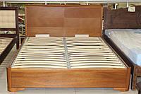 Кровать деревянная с подъемным механизмом