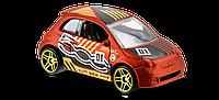 Fiat 500 Автомобиль базовый Hot Wheels, Mattel