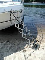 Складная лестница для катеров