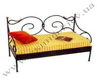 Кованый диван 7 ( с мягкой  частью)