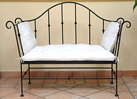 Металлический диван с ковкой 11(с мягким сидением)
