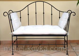 Металевий диван з ковкою 11(з м'яким сидінням)