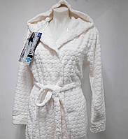 Халат длинный женский теплый с капюшоном Key (цвет молочный) , Женский зимний теплый халат