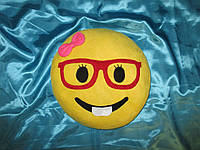 """Подушка смайл Emoji 35 см """"девочка в очках"""""""