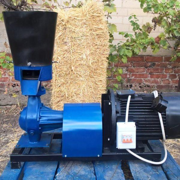 Гранулятор комбикорма ПГУ, подвижные ролики 200 мм, 220 кг/час 7,5 кВт