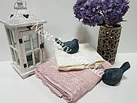 Бамбуковое полотенце с гипюром Maison D'or Julia Bambu 85х150см грязно-розовое