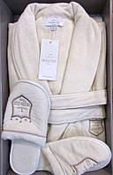 Мужской махровый халат Maison D`or Paris Boswel с шалевым воротником и тапками белый