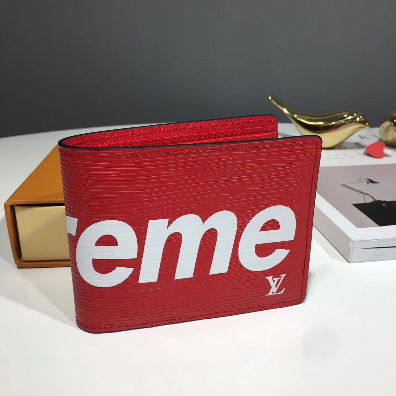 60319d93a417 Бумажник Supreme - купить кошелек Louis Vuitton | vkstore.com.ua