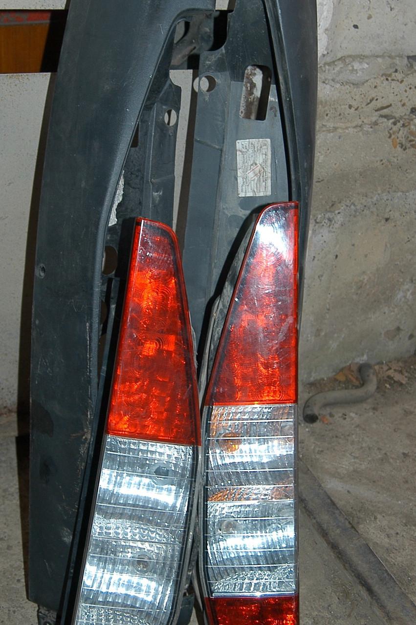Накладка фонаря заднего Fiat Doblo