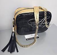 Женская черная кожаная сумочка с золотым питоном STELLA на цепочке