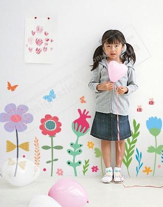 """Вінілова наклейка на шпалери в дитячу """"Польові квіти"""""""