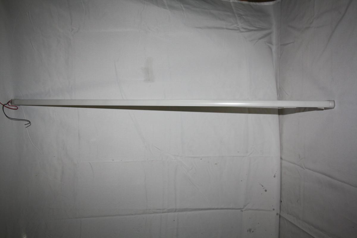 Салонный фонарь на 30 диодов белый