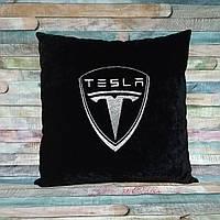 Подушка в автомобиль Tesla