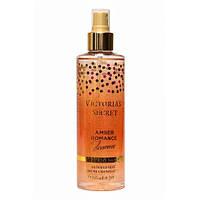 Парфюмированный спрей для тела с блестками Victoria's Secret Amber Romance Shimmer