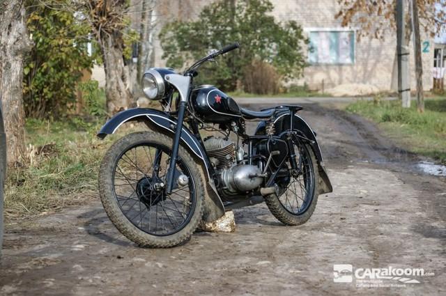 """Послевоенный мотоцикл М1М """"Макака"""""""