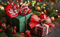 C наступающими праздниками:Рождеством Христовым инаступающим Новым Годом!