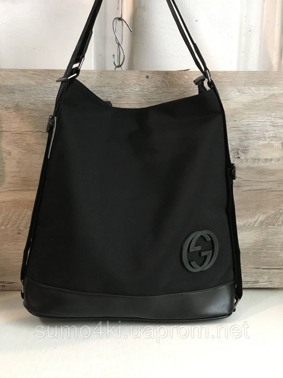 Женская модель сумка-рюкзак Gucci Гуччи - Интернет-магазин «Галерея Сумок» в df8dcad3f5c