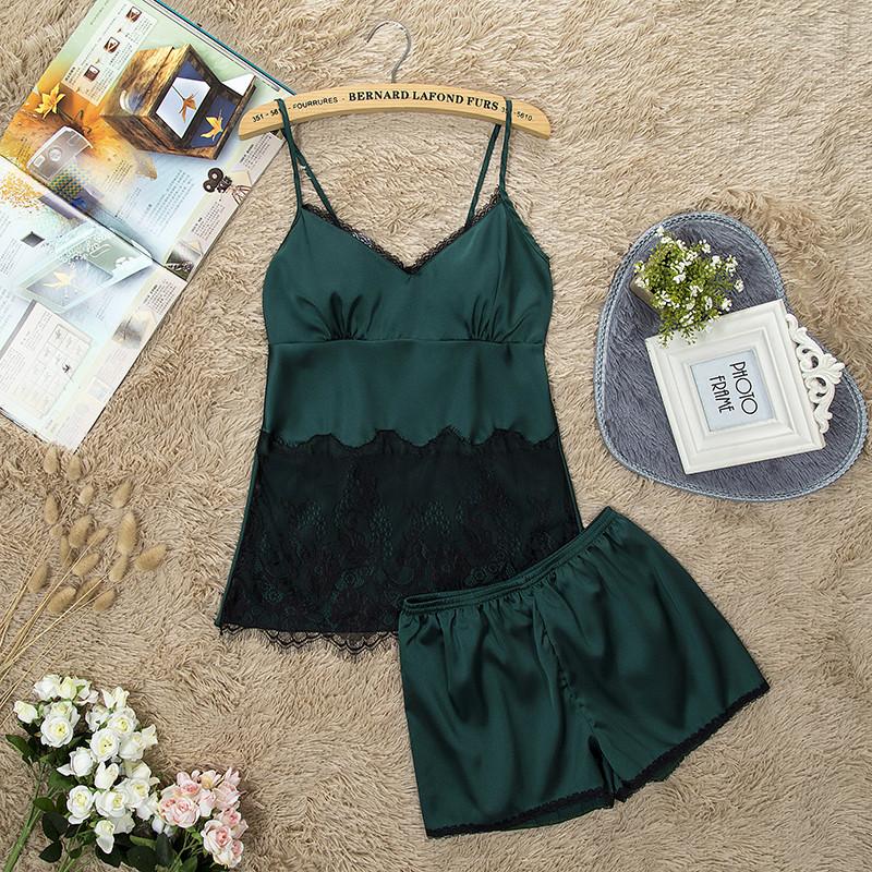 Женская пижама.Атлас, зеленый. Черное кружево L- 317-011