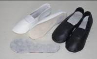 Чешки кожаные рядовые VA GROUP черные, белые