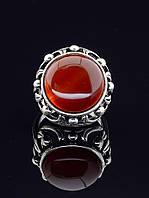 Кольцо с сердоликом. 029386 Кольцо 19 размера с натуральным камнем Сердолик, классическая круглая форма, оправа покрыта серебром