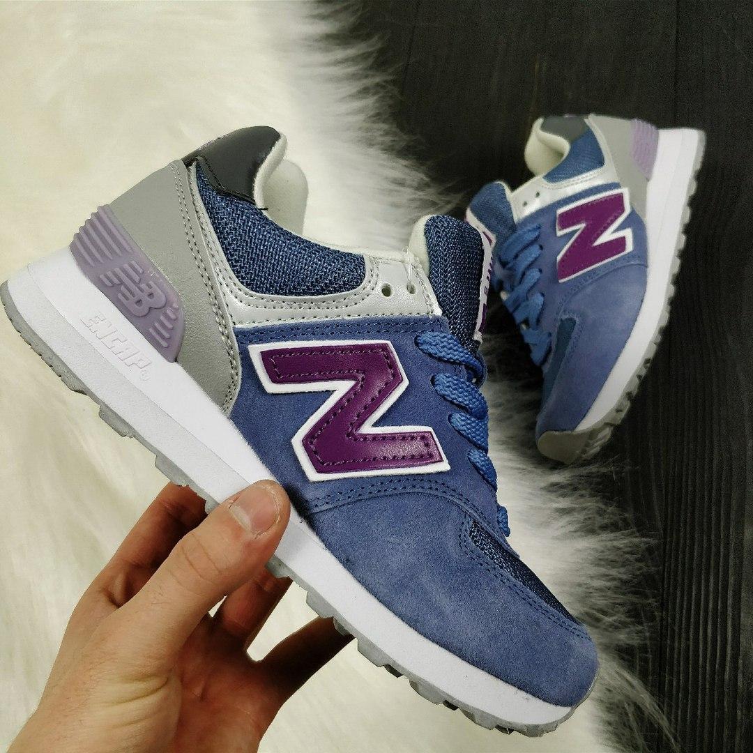 11e3a2a41c78 Женские кроссовки New Balance 574 синие сиреневая буква N 2365 - Компания