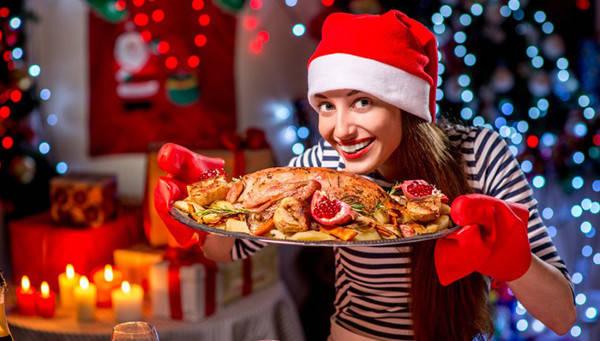 Готовимся к новогоднему банкету. 7 советов, чтобы справиться с перееданием