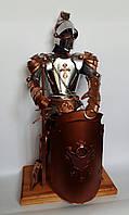Подарочный рыцарь с баром в щите высотой 60 см