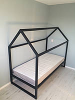 Домик-кровать на ножках