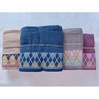Махровые лицевые полотенца с вышитым бордюром  ПЛ0041