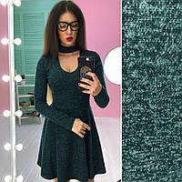 Модное женское ангоровое платье с чокером