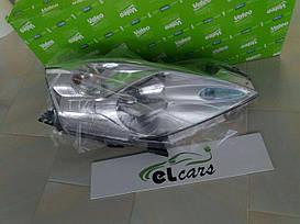 Передняя Фара левая Nissan Leaf